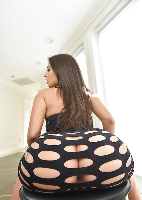Spanish Round Ass Pics