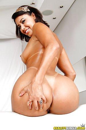 Big Ass Latina Pics